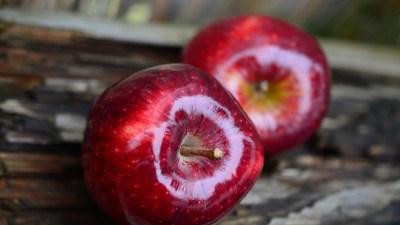 1 декабря отмечают День поедания красных яблок