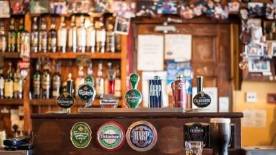 15 июня отмечают День пива в Великобритании