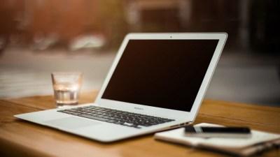 20 ноября отмечают День имени своего компьютера