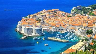 25 июня отмечают День государственности Хорватиb